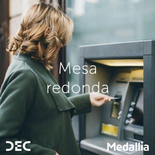 Mesa redonda experiencia de cliente DEC y Medallia noticias de seguros
