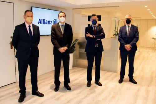Allianz visita el Colegio de Valencia. Noticias de seguros