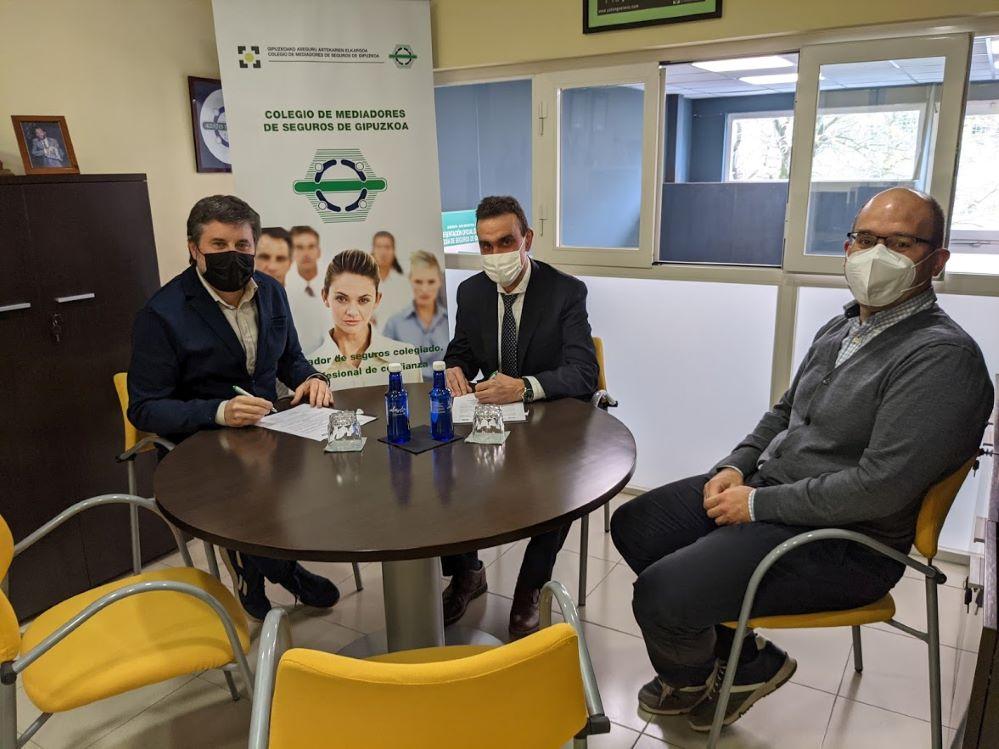 Mutuavenir sigue colaborando con el Colegio de Gipuzkoa. noticias de seguros