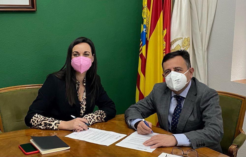 El Colegio de Zaragoza se alía con Santalucía. Noticias de seguros