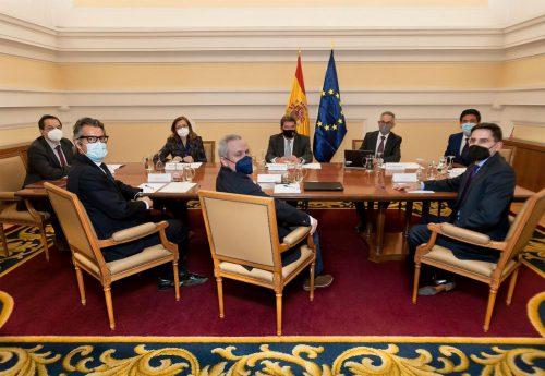 El Instituto de Actuarios Españoles se reúne con el ministro Escrivá. Noticias de seguros