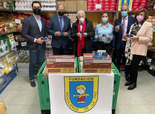 Mapfre entrega una donación a Mensajeros de la Paz. Noticias de seguros