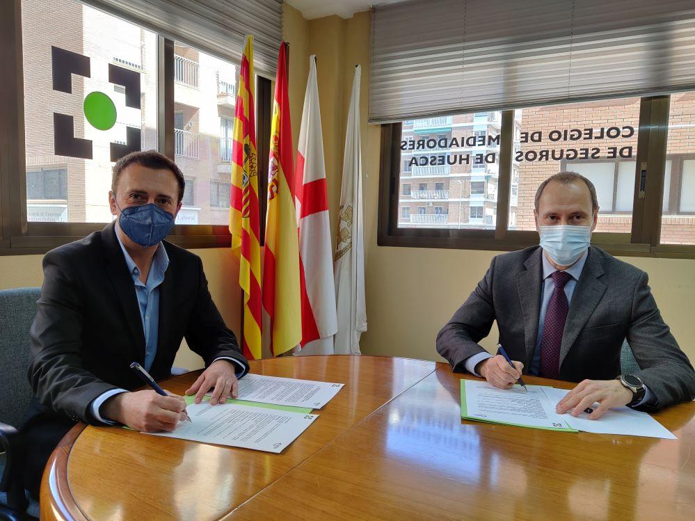 Plus Ultra renueva con el Colegiod e Huesca. Noticias de seguros