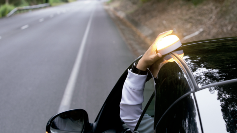 Reale Seguros reparte 9.000 Help Flash Smart. Noticias de seguros