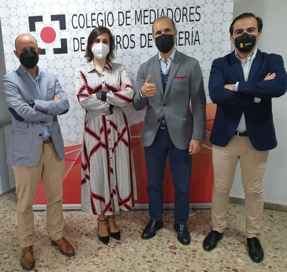 Aegon renueva con el Colegio de Almería. Noticias de seguros