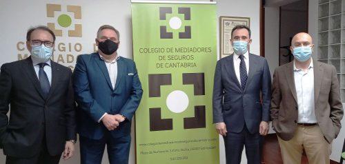 El Colegio de Cantabria renueva con AXA. Noticias de seguros