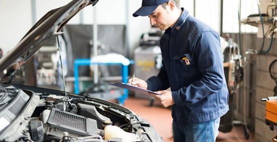 AXA revisará los coches de sus clientes. Noticias de seguros.