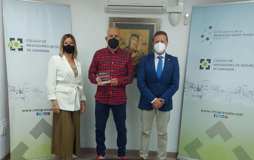 El Colegiod e Granada renueva con Cristalbox. Noticias de seguros