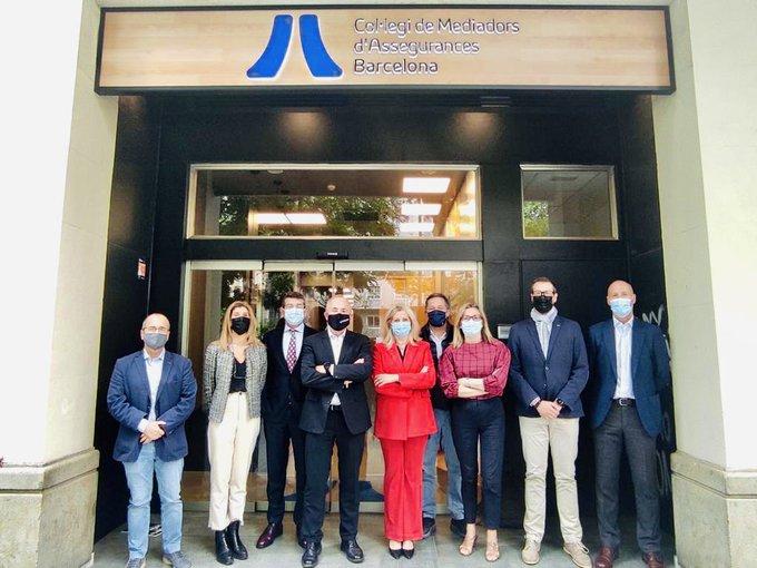 El Colegio de Madrid se reúne con el de Barcelona. Noticias de seguros.