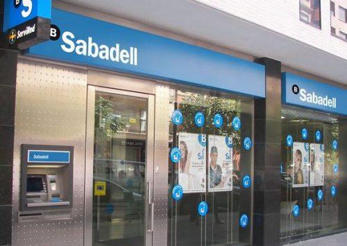 Demandan al Sabadell por mala práctica en la venta de un seguro. Noticias de seguros.