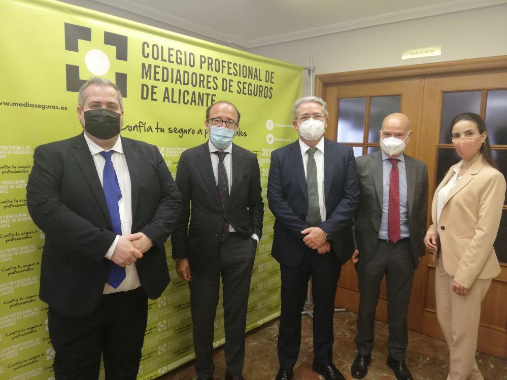 Reale Seguros renueva con el Colegio de Alicante. Noticias de seguros.