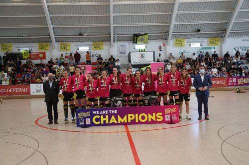 Generali HC Palau de Plegamans se alza con el título de Campeón de Europa.