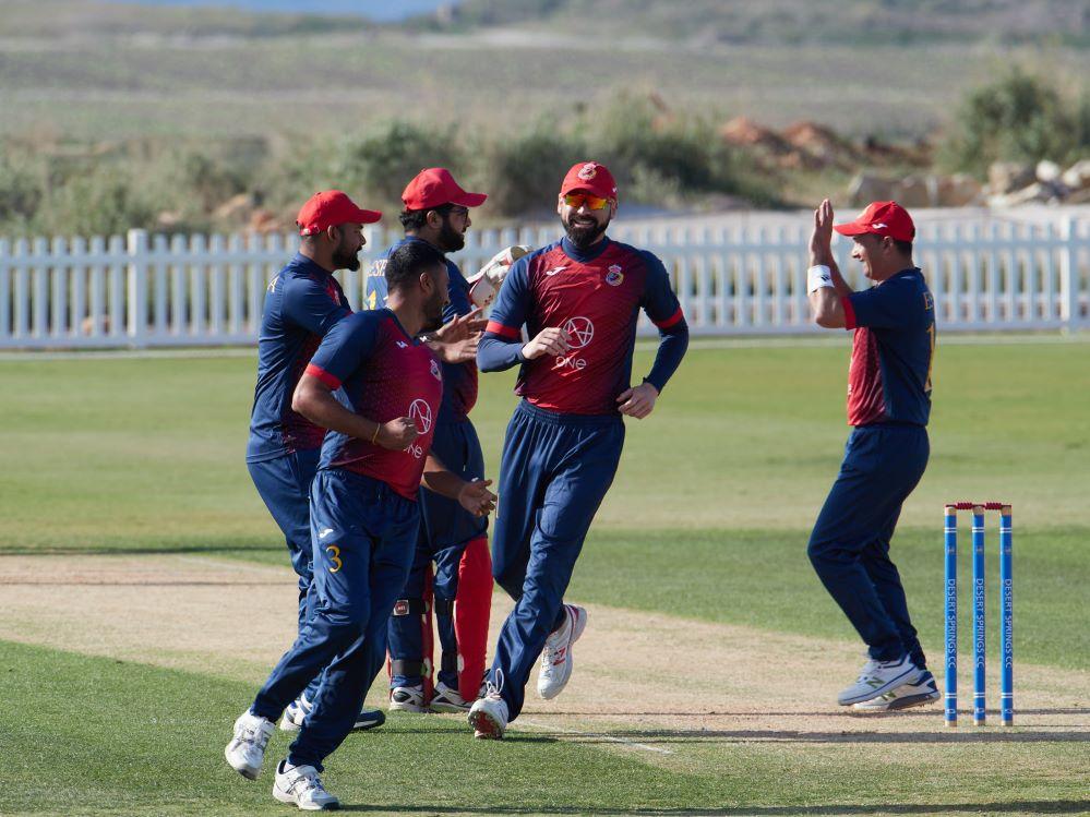 RibéSalat firma un acuerdo con Cricket España. Noticias de seguros.