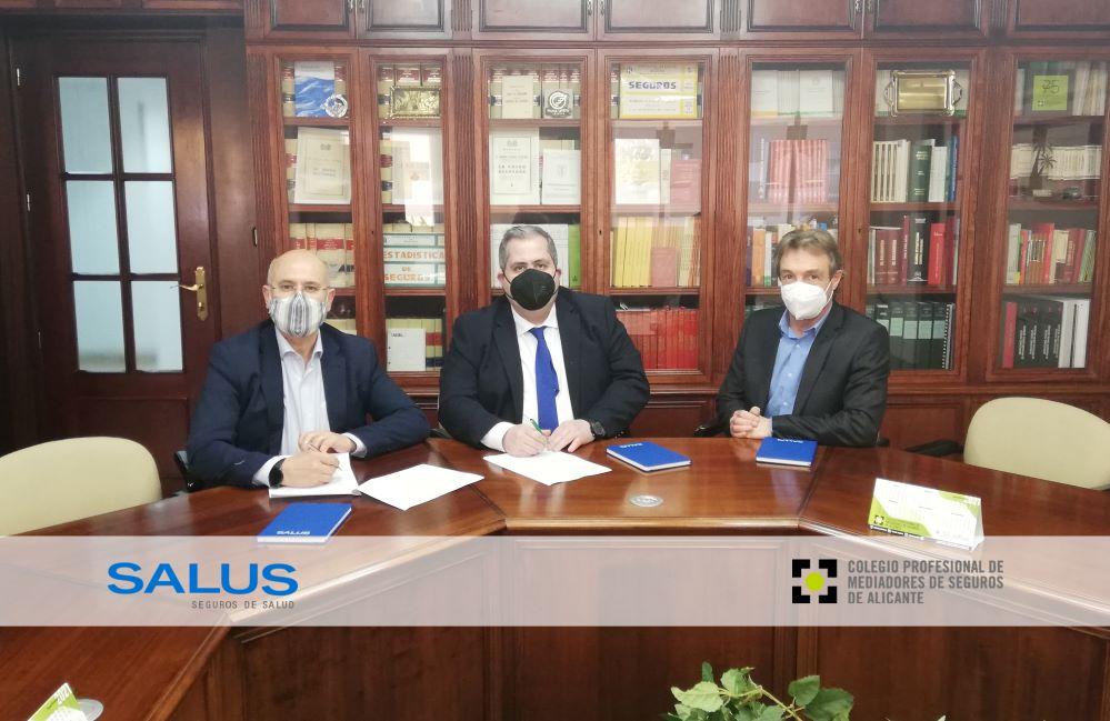 Salus renueva con el Colegio de Alicante. Noticias de seguros.