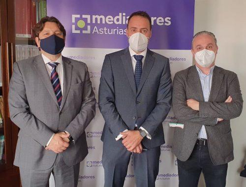 Mediadores Asturias y Helvetia Seguros, nuevo acuerdo para favorecer el desarrollo profesional de la Mediación.