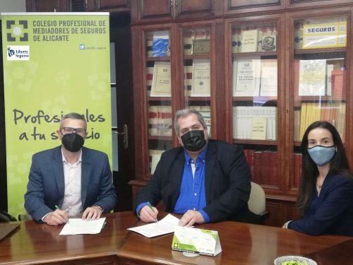 El Colegio de Alicante renueva con Liberty Seguros.