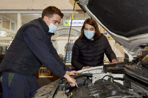El incorrecto mantenimiento del coche puede costar hasta 2.500 euros.