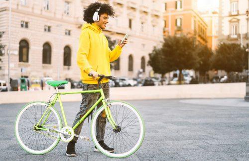 Consejos de Zurich para circular en bicicleta por la ciudad. Noticias de seguros.