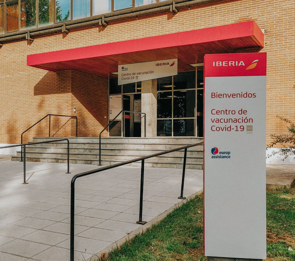 Iberia y Europ Assistance comienzan a vacunar en las instalaciones de La Muñoza.