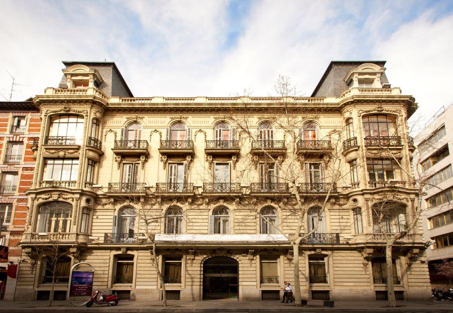 Mutualidad de la Abogacía refuerza su compromiso medioambiental: obtiene el sello BREEAM® en 15 edificios de su cartera.