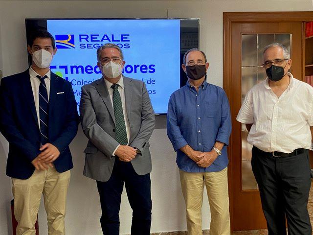 El Colegio de Castellón renueva con Reale.