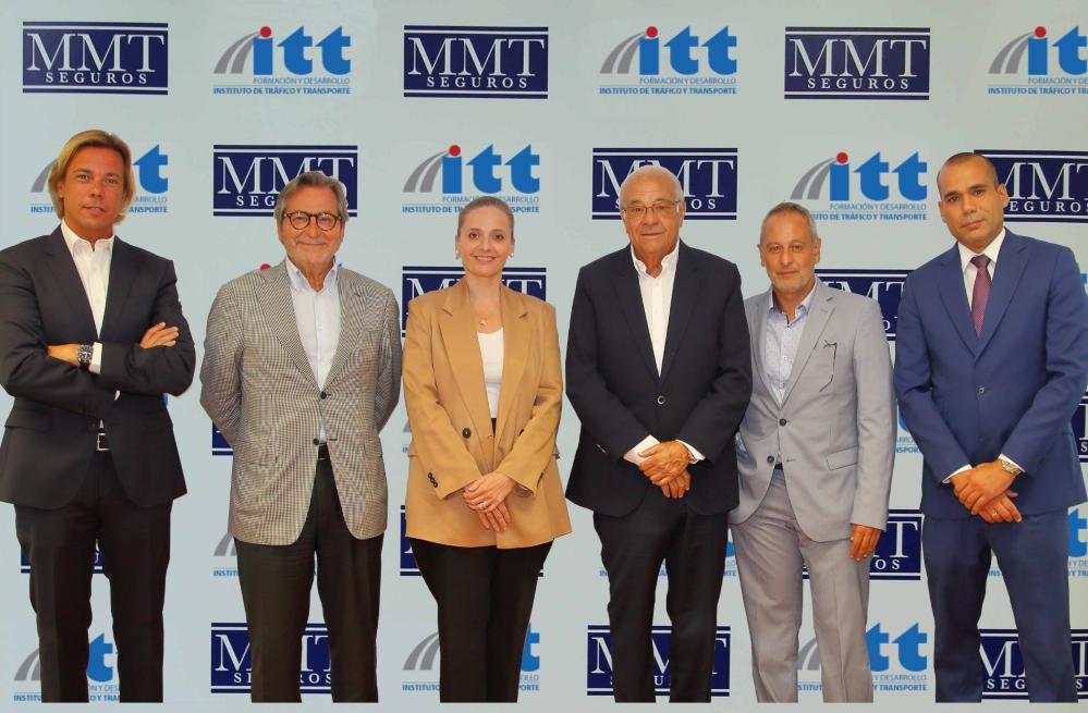 Mutua MMT Seguros y el Instituto de Tráfico y Transporte (ITT) firman un convenio de colaboración.