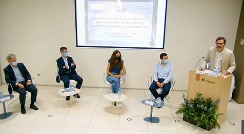 Los 3 retos a los que se enfrenta la atención domiciliaria en España.