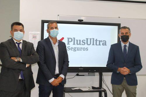 Plus Ultra Seguros reafirma su compromiso con el Colegio de Málaga.