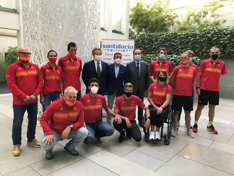 Santalucía recibe a los medallistas del equipo paralímpico en los JJOO de Tokio 2021.